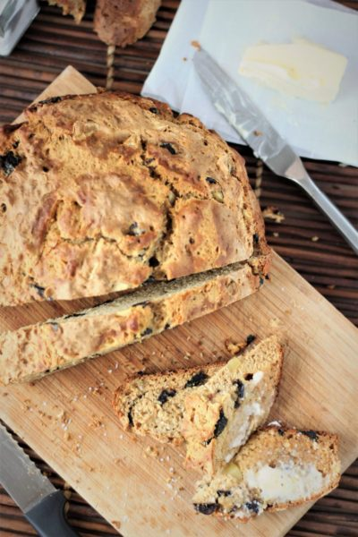 Roasted Garlic & Olives Studded Beer Bread