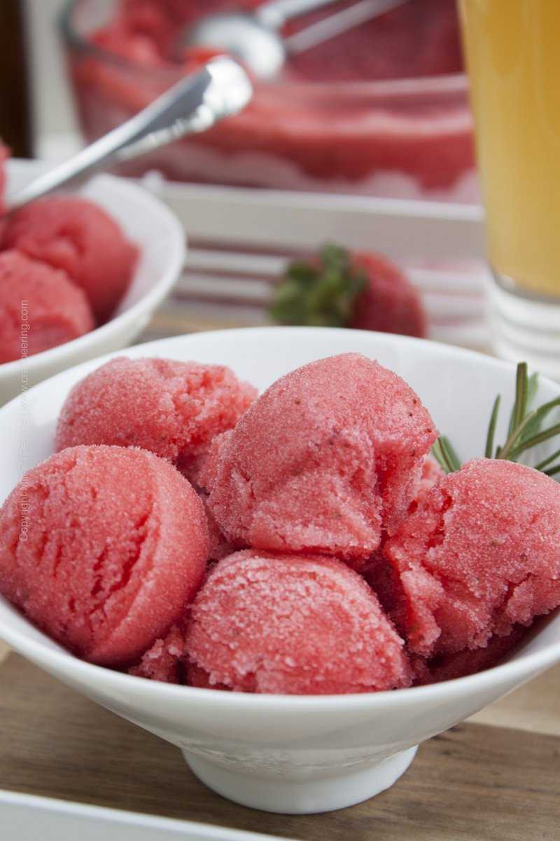Summer Blonde Ale Strawberry Sorbet - beer and strawberries make the perfect pair.