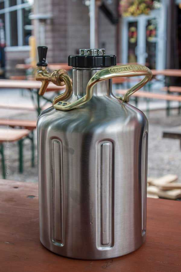 uKeg pressurized growler at Zwei Brewing Biergarten