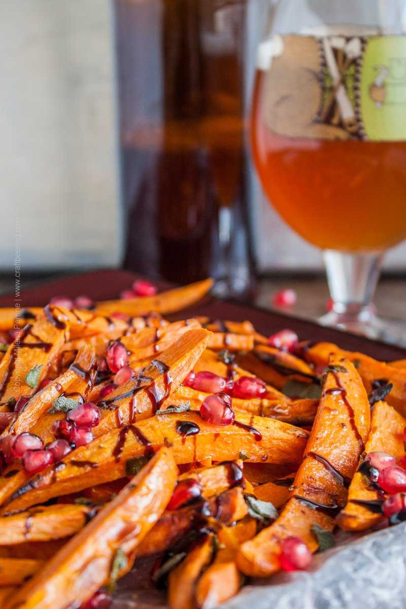Saison butter sweet potato fries with sage, pomegranate and balsamic reduction. Pair with a saison:) #saisonbuttersweetpotatofries #sweetpotatofries #buttersweetpotato