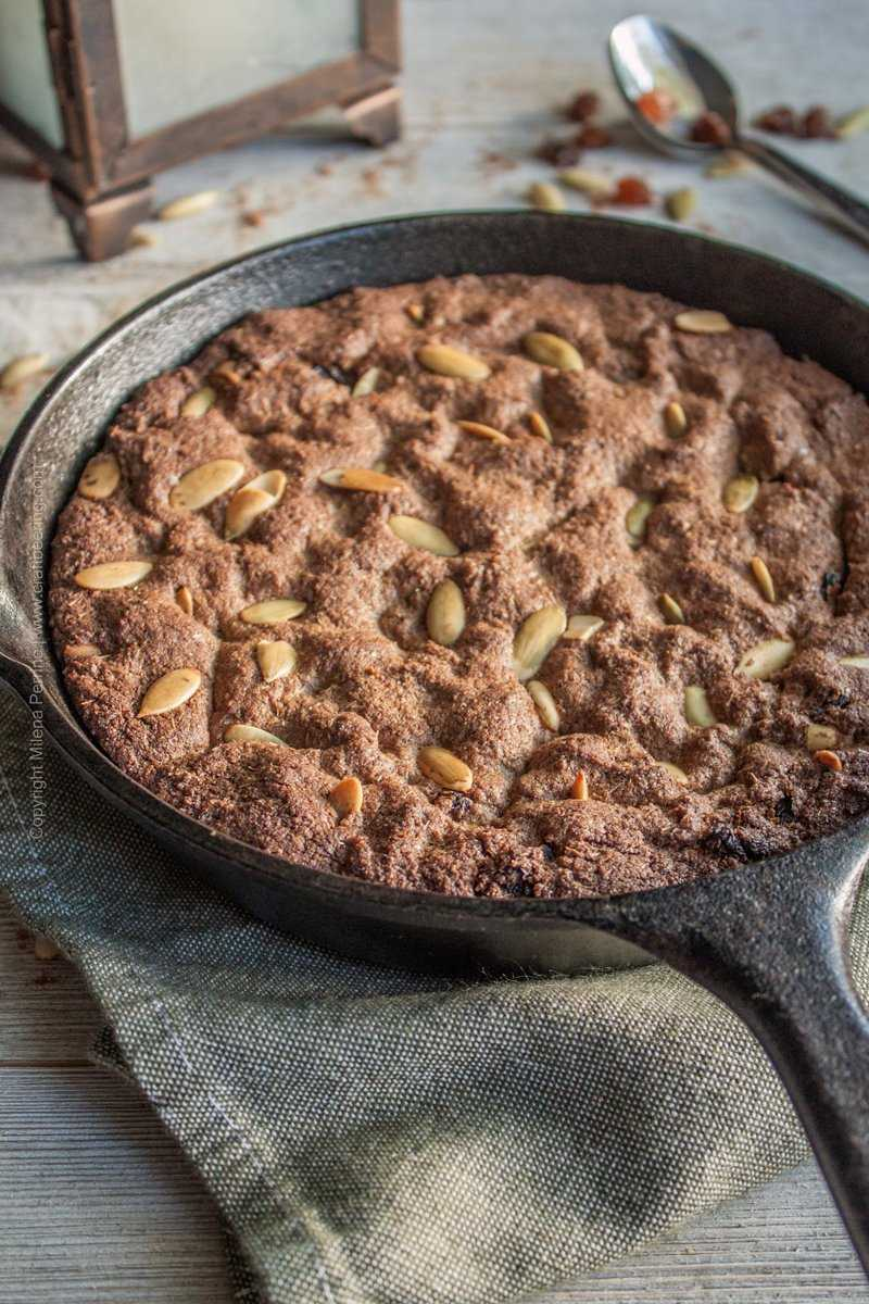 Spent grain skillet cookie