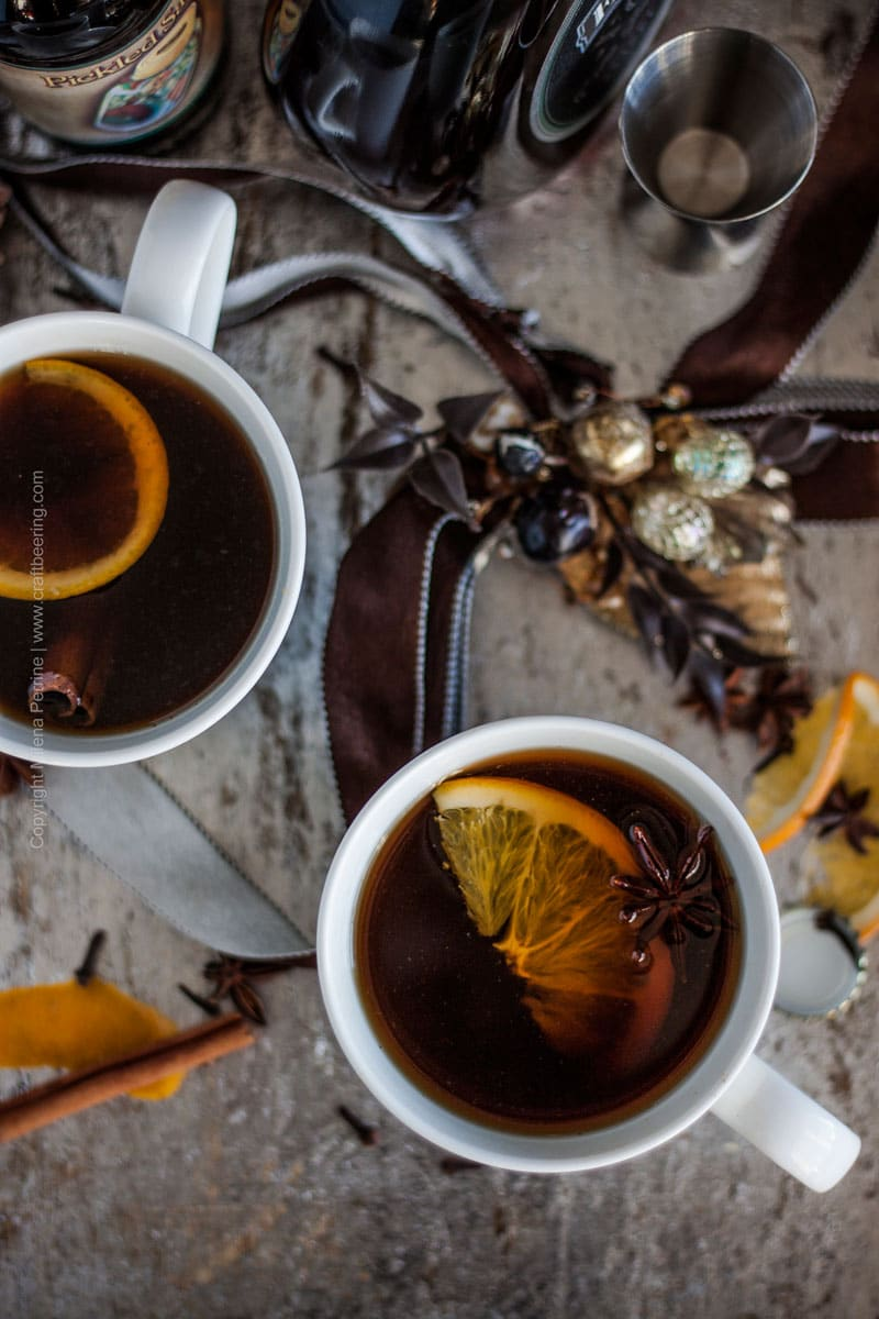 Mulled ale with English Christmas ale and brandy #mulledale #mulledalerecipe