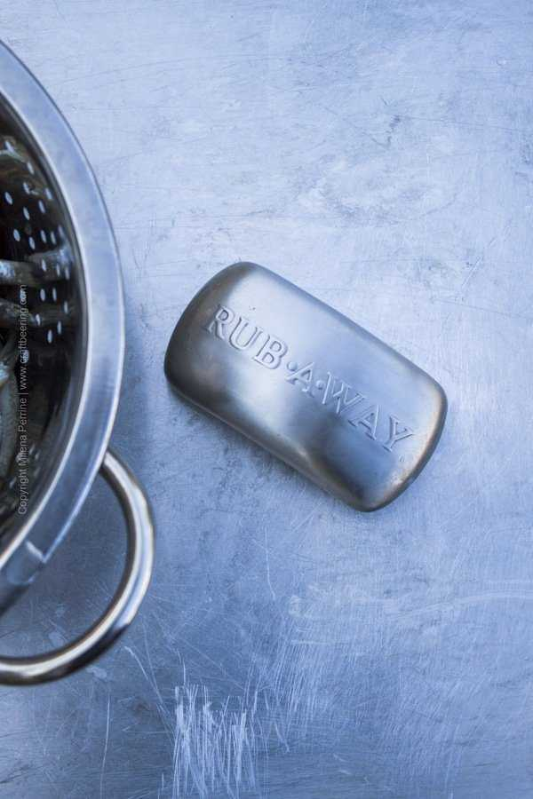 Stainless steel bar of soap is a great tool for removing offensive odors from hands after handling fish, seafood, garlic or onions.